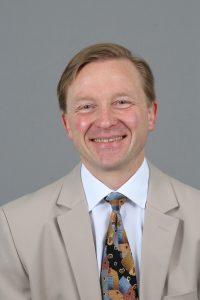 Unabhängiger Altersvorsorge und Finanzberater Uwe Michael Tschischka beantwortet die Frage